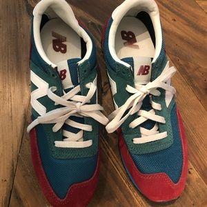 New Balance color block sneaker